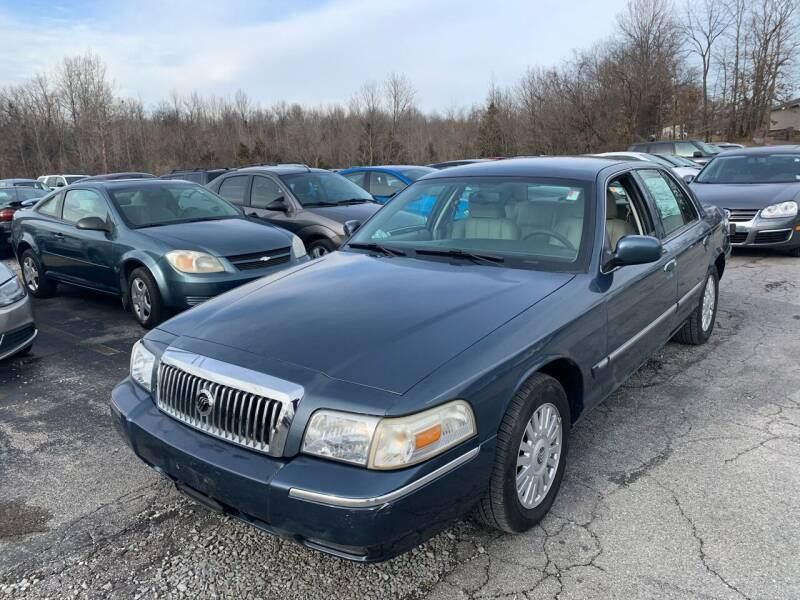 2007 Mercury Grand Marquis for sale at Best Buy Auto Sales in Murphysboro IL