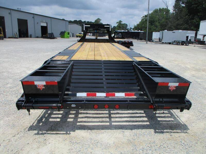 2022 PJ Trailers L3 23+5 for sale at Vehicle Network - HGR'S Truck and Trailer in Hope Mills NC