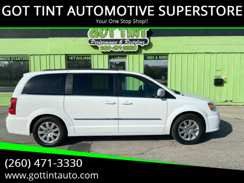 2016 Chrysler Town and Country for sale at GOT TINT AUTOMOTIVE SUPERSTORE in Fort Wayne IN