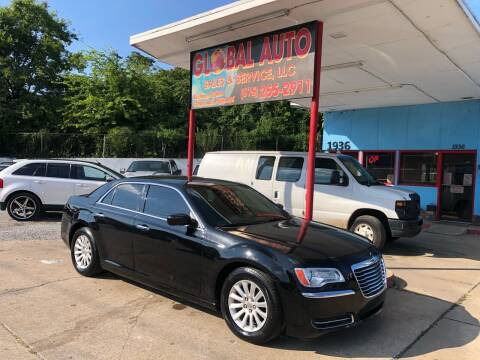 2013 Chrysler 300 for sale at Global Auto Sales and Service in Nashville TN