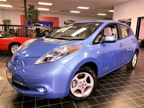 2011 Nissan LEAF for sale at SAINT CHARLES MOTORCARS in Saint Charles IL