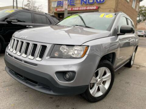 2016 Jeep Compass for sale at Drive Now Autohaus in Cicero IL