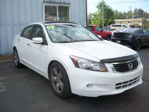 2009 Honda Accord for sale at Lloyds Auto Sales & SVC in Sanford ME