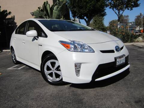 2015 Toyota Prius for sale at ORANGE COUNTY AUTO WHOLESALE in Irvine CA