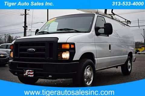 2014 Ford E-Series Cargo for sale at TIGER AUTO SALES INC in Redford MI