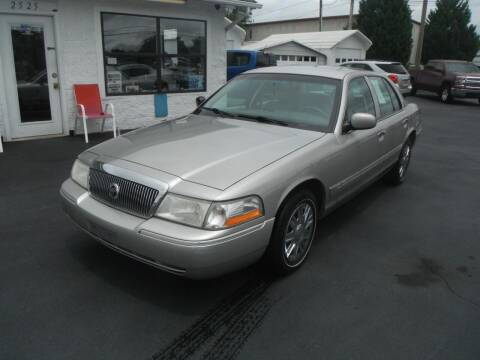 2005 Mercury Grand Marquis for sale at Morelock Motors INC in Maryville TN