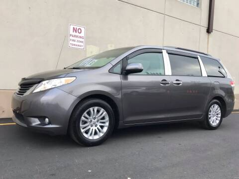 2013 Toyota Sienna for sale at International Auto Sales in Hasbrouck Heights NJ
