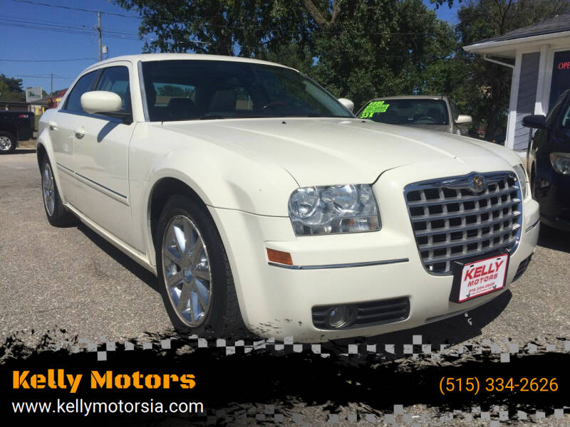 2007 Chrysler 300 for sale at Kelly Motors in Johnston IA
