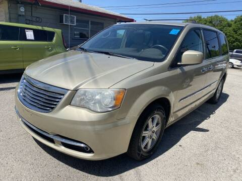 2011 Chrysler Town and Country for sale at Pary's Auto Sales in Garland TX