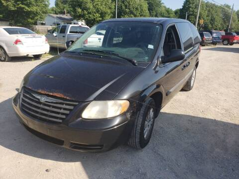 2007 Chrysler Town and Country for sale at D & D All American Auto Sales in Mt Clemens MI