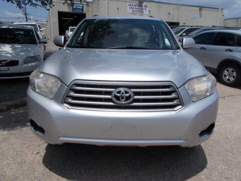 2010 Toyota Highlander for sale at ACH AutoHaus in Dallas TX