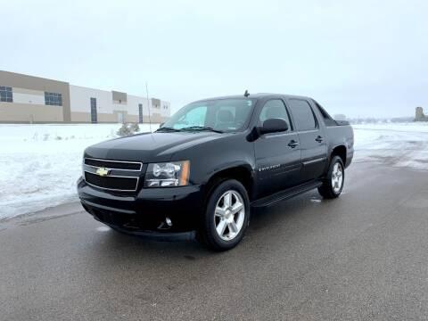 2008 Chevrolet Avalanche for sale at Geneva Motorcars LLC in Delavan WI