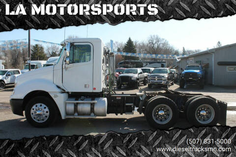 2005 Freightliner Columbia 120 for sale at LA MOTORSPORTS in Windom MN