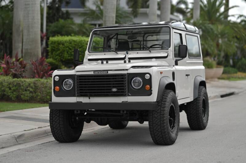 1987 Land Rover Defender for sale at EURO STABLE in Miami FL