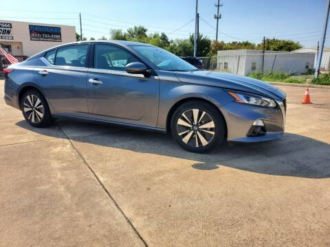 2020 Nissan Altima for sale at Zora Motors in Houston TX