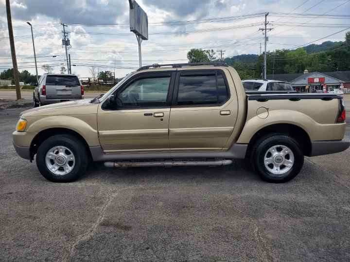 2001 Ford Explorer Sport Trac for sale at Knoxville Wholesale in Knoxville TN