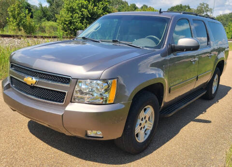 2013 Chevrolet Suburban for sale at JACKSON LEASE SALES & RENTALS in Jackson MS