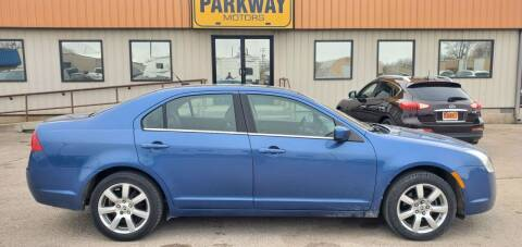 2010 Mercury Milan for sale at Parkway Motors in Springfield IL