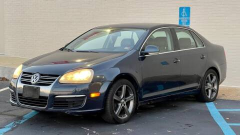 2005 Volkswagen Jetta for sale at Carland Auto Sales INC. in Portsmouth VA
