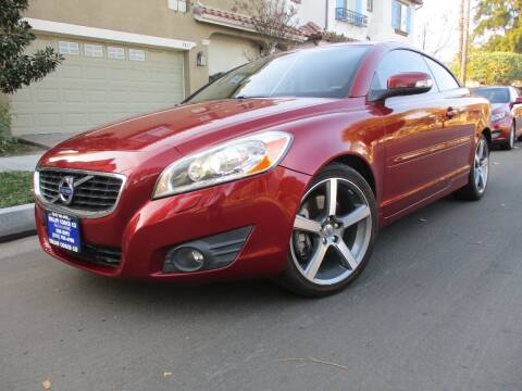 2011 Volvo C70 for sale at Valley Coach Co Sales & Lsng in Van Nuys CA