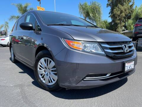 2016 Honda Odyssey for sale at River Park Automotive Center in Fresno CA