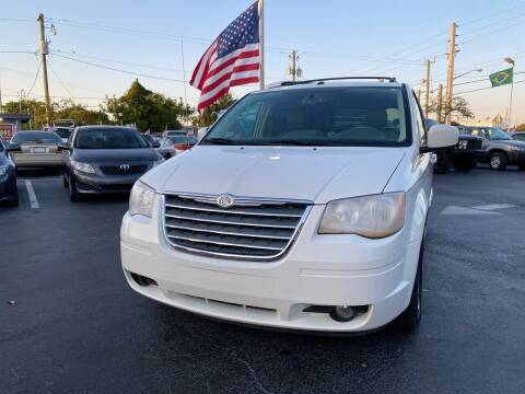 2010 Chrysler Town and Country for sale at KD's Auto Sales in Pompano Beach FL