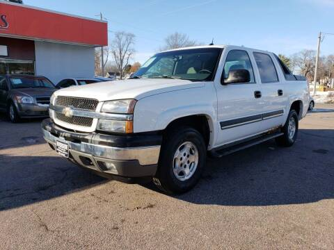 2005 Chevrolet Avalanche for sale at RIVERSIDE AUTO SALES in Sioux City IA