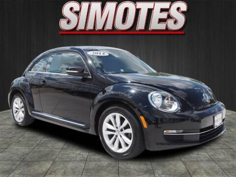 2014 Volkswagen Beetle for sale at SIMOTES MOTORS in Minooka IL