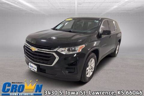2019 Chevrolet Traverse for sale at Crown Automotive of Lawrence Kansas in Lawrence KS