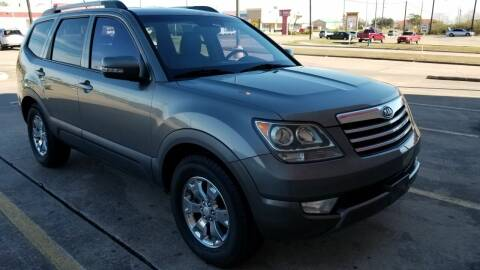 2009 Kia Borrego for sale at ACE AUTOMOTIVE in Houston TX