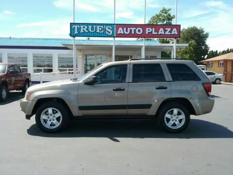 2005 Jeep Grand Cherokee for sale at True's Auto Plaza in Union Gap WA