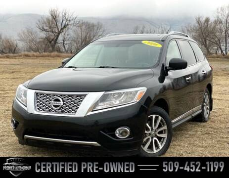 2016 Nissan Pathfinder for sale at Premier Auto Group in Union Gap WA