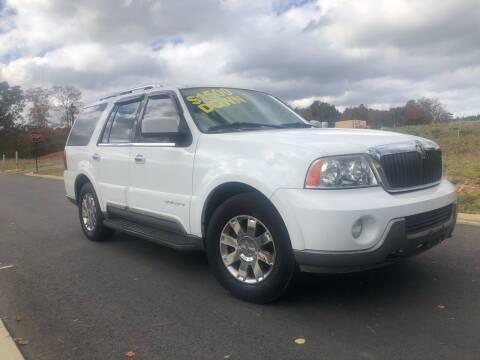 2004 Lincoln Navigator for sale at El Camino Auto Sales in Sugar Hill GA