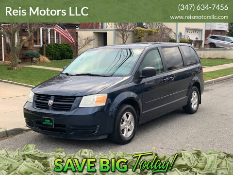 2009 Dodge Grand Caravan for sale at Reis Motors LLC in Lawrence NY