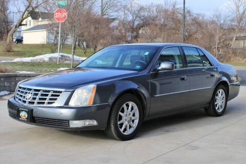 2010 Cadillac DTS for sale at Great Lakes Classic Cars & Detail Shop in Hilton NY