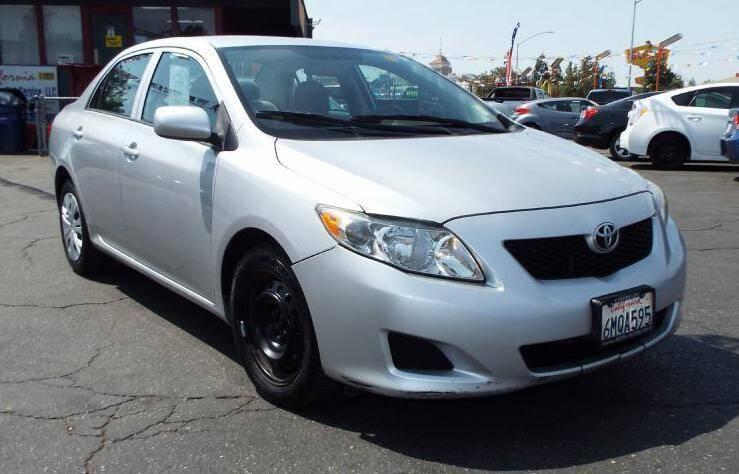 2010 Toyota Corolla for sale at 559 Motors in Fresno CA