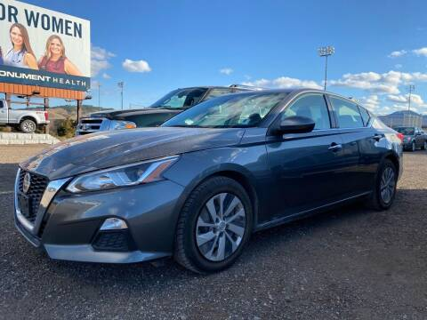 2019 Nissan Altima for sale at FAST LANE AUTOS in Spearfish SD