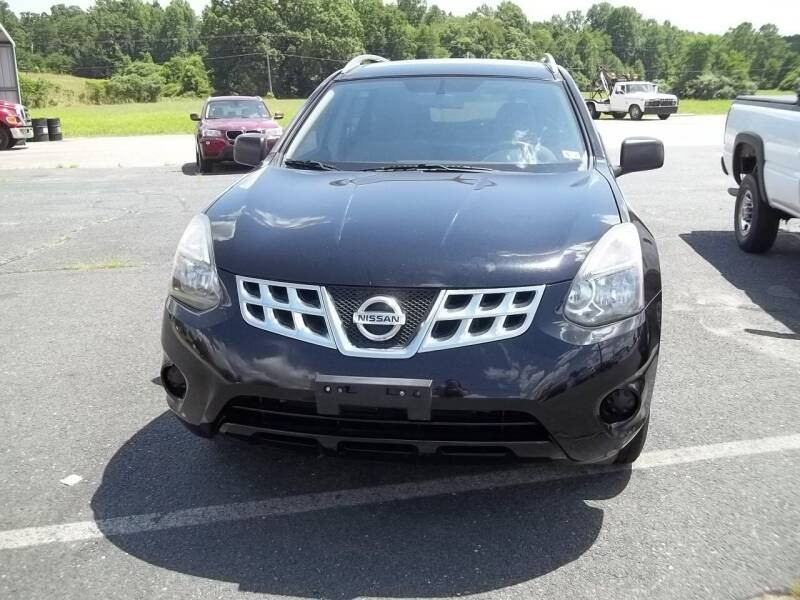 2014 Nissan Rogue Select for sale at Gilliam Motors Inc in Dillwyn VA