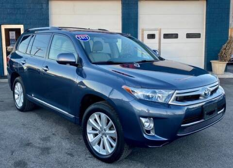 2013 Toyota Highlander Hybrid for sale at Saugus Auto Mall in Saugus MA