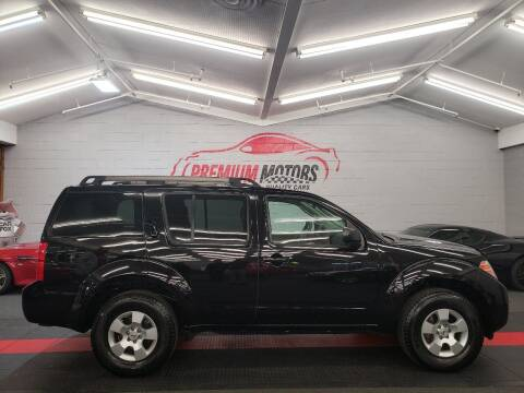 2012 Nissan Pathfinder for sale at Premium Motors in Villa Park IL