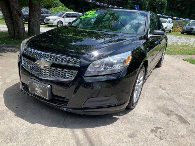 2013 Chevrolet Malibu for sale at Day Family Auto Sales in Wooton KY