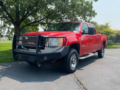 2007 GMC Sierra 2500HD for sale at Classic Auto in Greeley CO