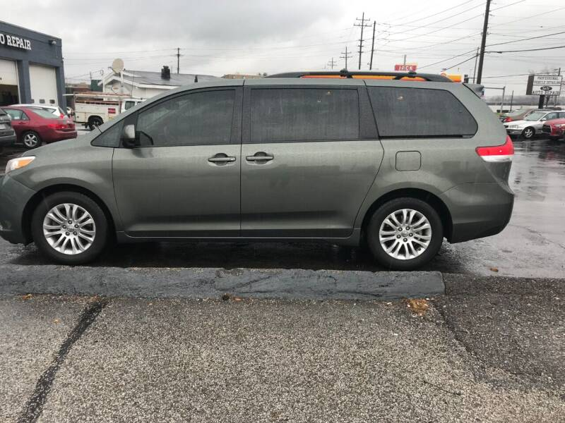 2014 Toyota Sienna for sale at Renaissance Auto Network in Warrensville Heights OH