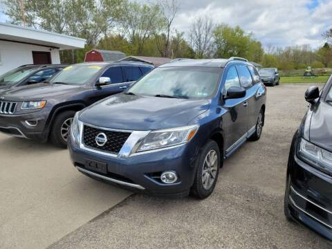 2014 Nissan Pathfinder for sale at Clare Auto Sales, Inc. in Clare MI