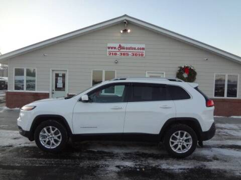 2018 Jeep Cherokee for sale at GIBB'S 10 SALES LLC in New York Mills MN