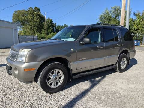 2002 Mercury Mountaineer for sale at AUTO PROS SALES AND SERVICE in Belleville IL