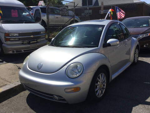 2005 Volkswagen New Beetle for sale at Drive Deleon in Yonkers NY