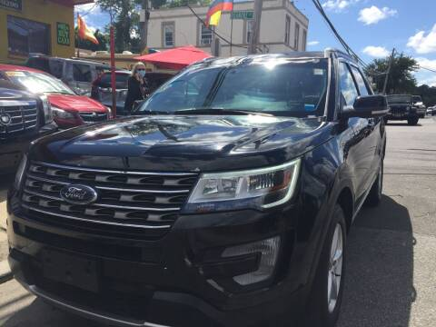 2017 Ford Explorer for sale at Drive Deleon in Yonkers NY