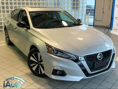 2019 Nissan Altima for sale at iAuto in Cincinnati OH
