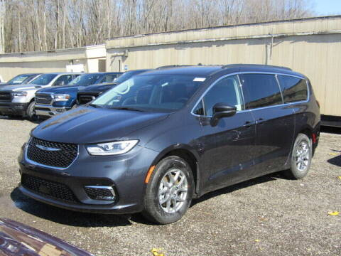 2021 Chrysler Pacifica for sale at Brunswick Auto Mart in Brunswick OH